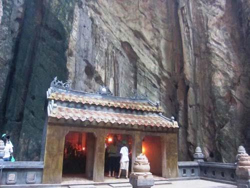 dong-huyen-khong2-9850635